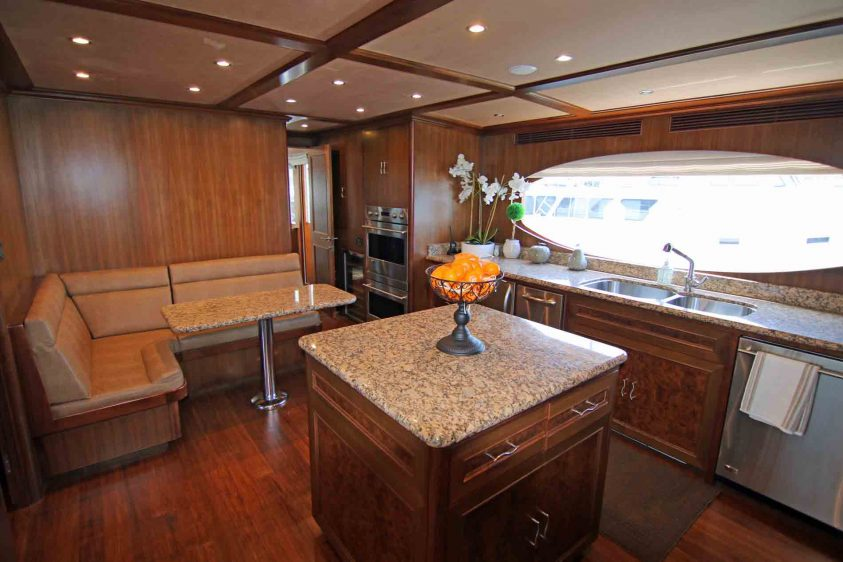 yacht-charter-galley-los-angeles