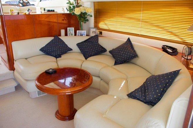 yacht charter luxury liners fairline la