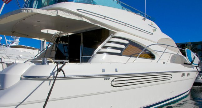 yacht charter luxury liners fairlins.jpeg